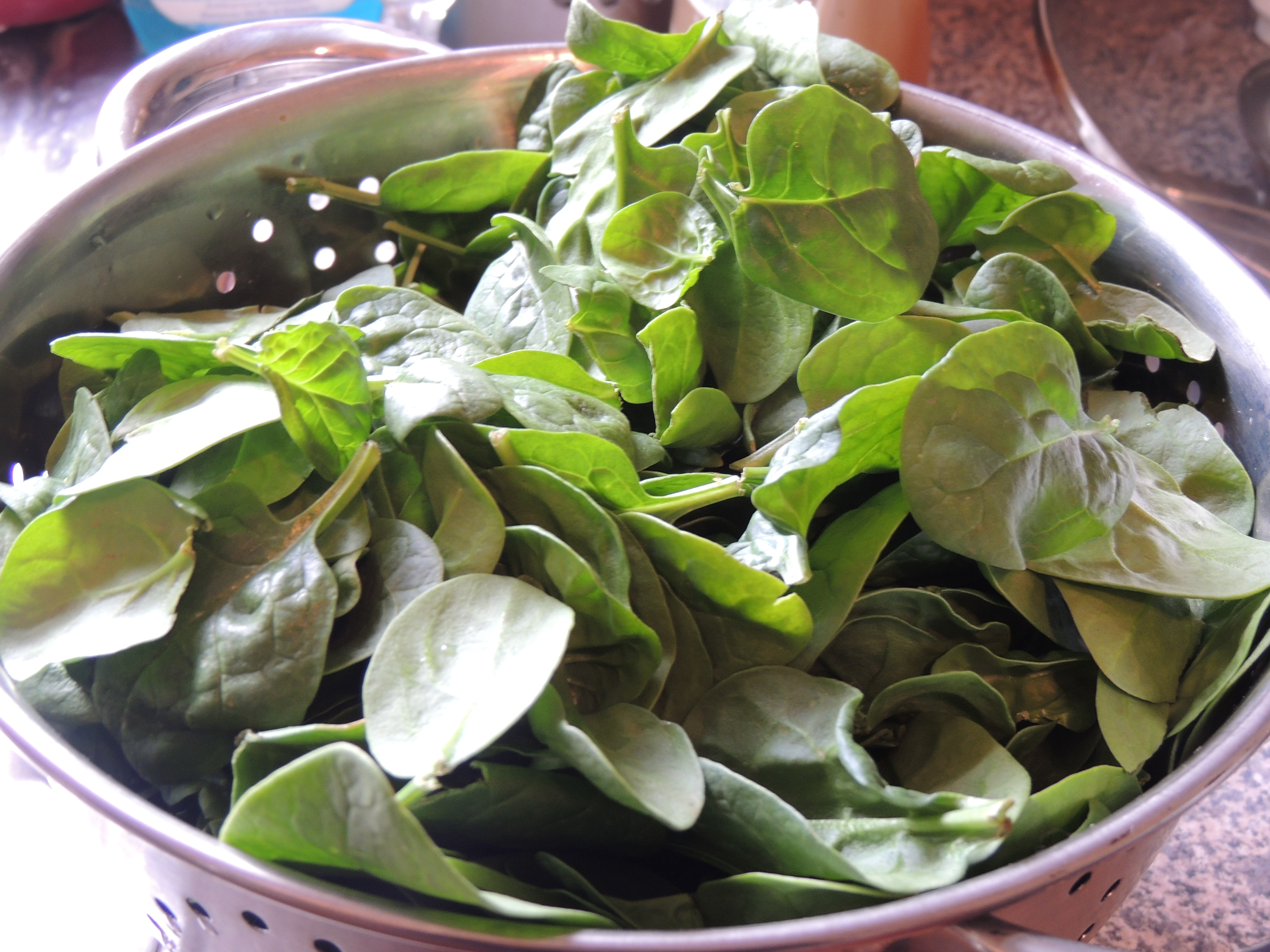 Spinach for the green sauce