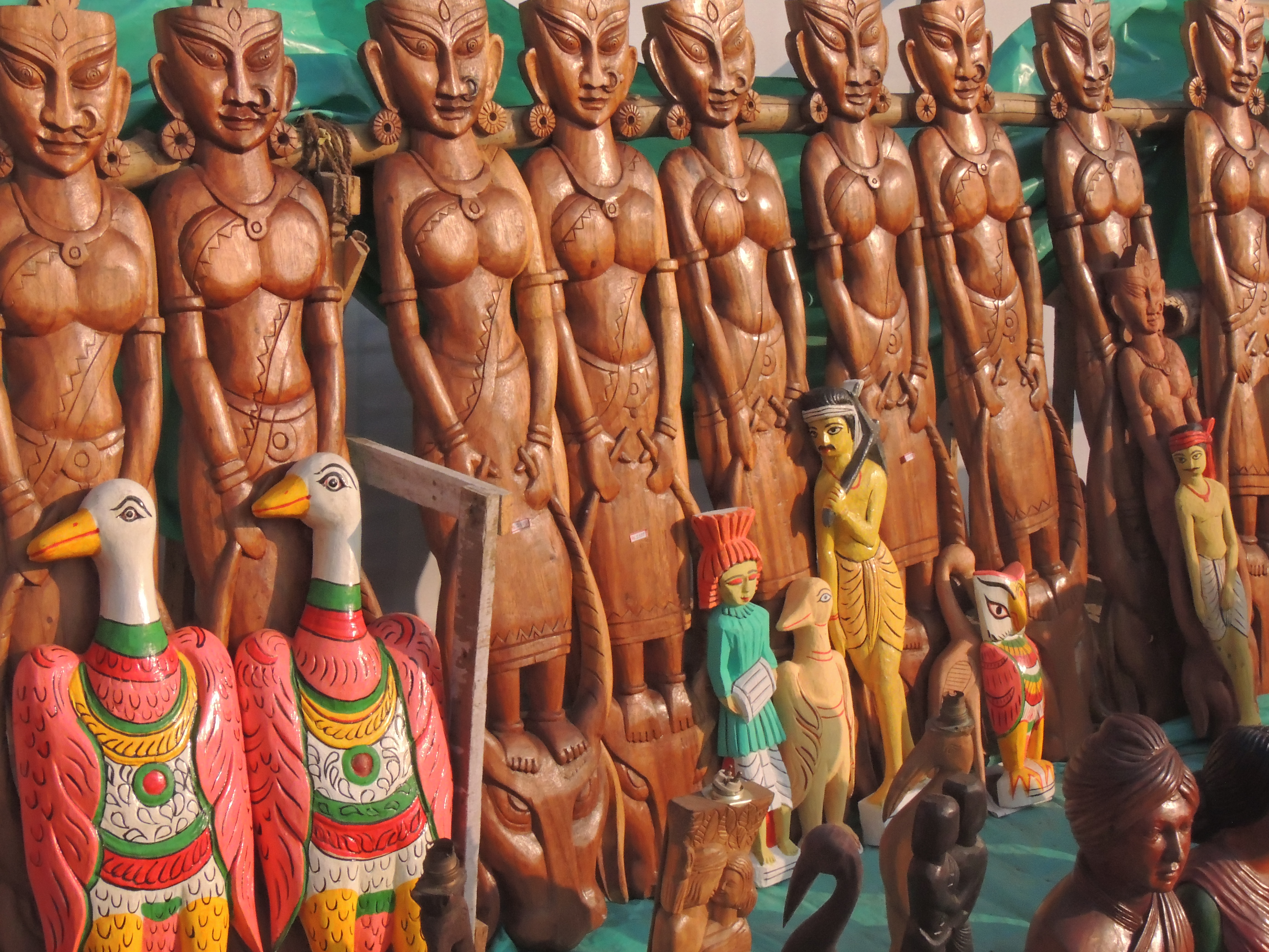 Quirky: Wood carvings from Bengal